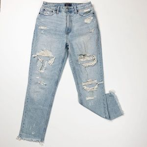 Abercrombie Annie High Rise Girlfriend Jeans 26